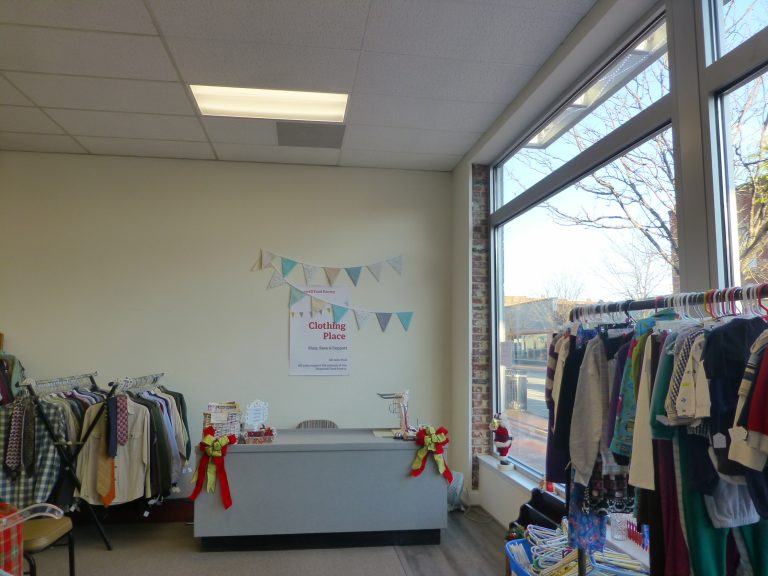 clothing place 768x576